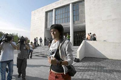 Nuevo escándalo: Los vascos pagan con sus impuestos la hipoteca del piso de De Juana Chaos